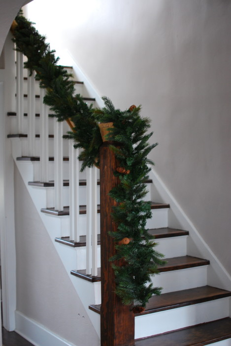 Holiday garland stairs